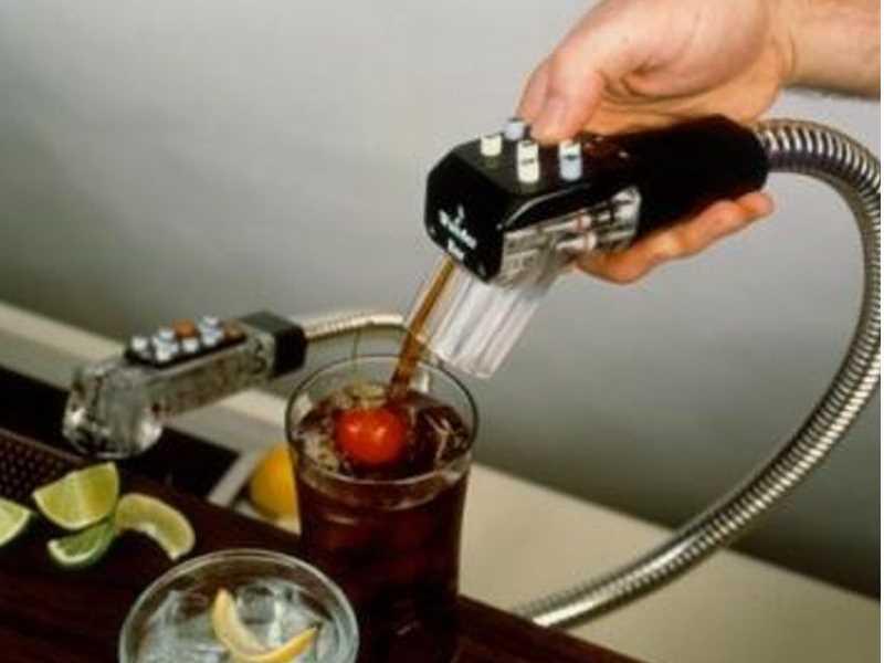 Zapfpistole mit Premix-Anschlüsse für 5 bis 7 Getränke